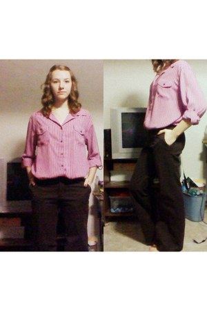flared Gap pants - striped thrifted blouse - strapped Mudd flats