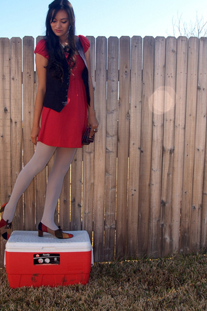 red Forever 21 dress - silver Old Navy tights - red naturalizer shoes - blue sav