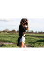 Beige-satchel-topshop-bag-sky-blue-vintage-levis-shorts-black-vintage-belt-