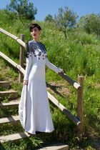 white JORGE ACUÑA dress