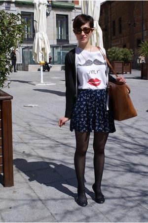 white Zara t-shirt - brown Zara bag - navy asos skirt
