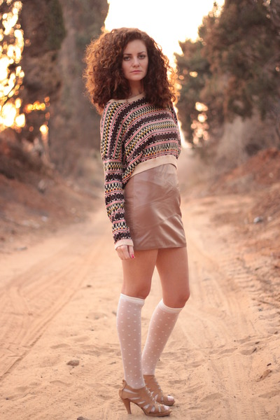 camel H&amp;M skirt - beige American Apparel socks - bronze H&amp;M sweater
