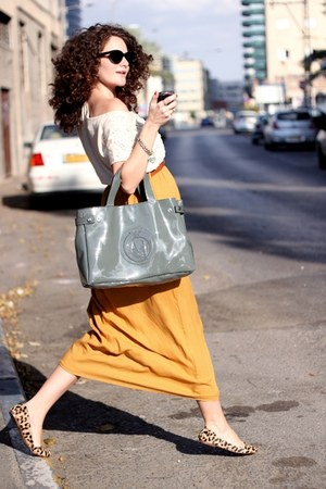 carrot orange vintage skirt - charcoal gray Armani Jeans bag
