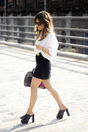 black H&M bag - black Mango skirt - black Zara heels - white Mango blouse