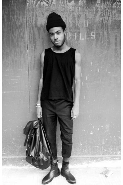 black All Saints boots - black American Apparel hat - black thrifted vintage bag