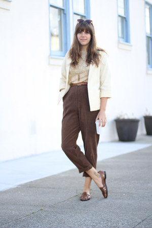 ivory linen vintage blazer - dark brown suede vintage pants
