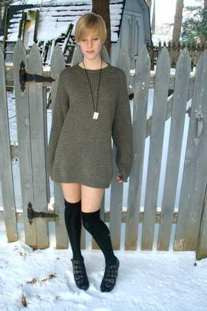 charcoal gray knit thrifted sweater - black over-the-knee Forever 21 socks - bla