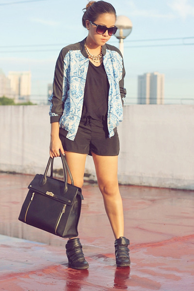 black Venetia bag - blue porcelain print cotton on jacket