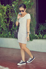 Black-converse-shoes-white-stripes-h-m-dress-black-leather-thrifted-bag