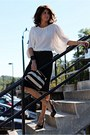 Striped-h-m-bag-black-guess-heels-dark-gray-knit-h-m-skirt