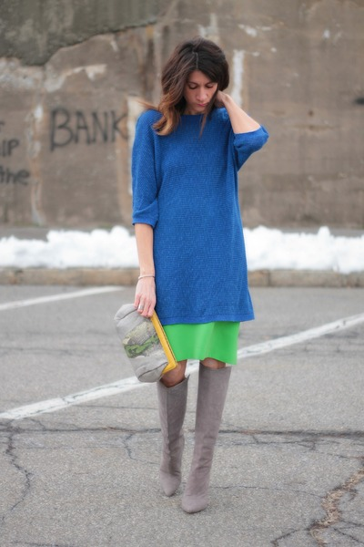 blue H&M sweater - heather gray brian atwood boots - jess rizzuti bag