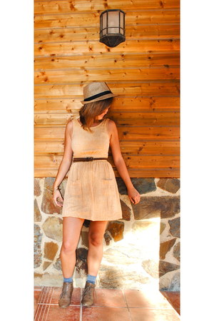 Urban Outfitters dress - Urban Outfitters hat - Forever 21 belt