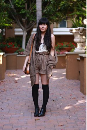 beige V Generation top - black Urban Outfitters bra - brown H&M shorts - brown F
