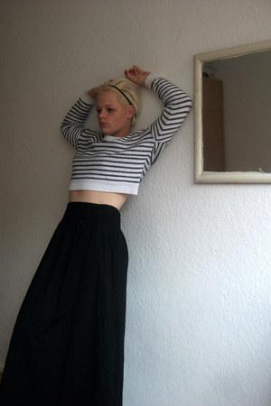 hm black sweater - hm maxi skirt