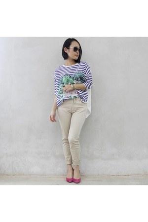 blue Femme Elegante top - beige Zara pants