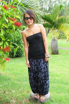 blue random from Camden market pants - black MrPrice Mauritius top - black CD vi