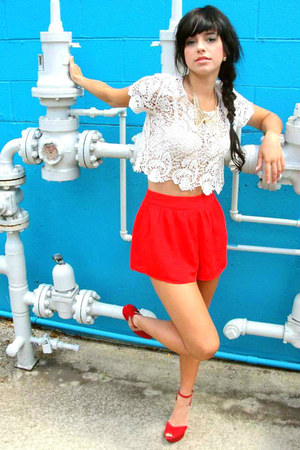 red high-waisted Urban Outfitters shorts - white lace midriff BP blouse