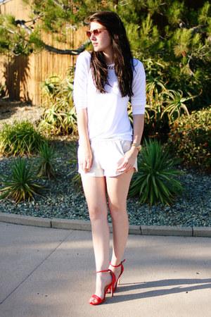 red Target heels - white Old Navy shirt - beige Zara shorts