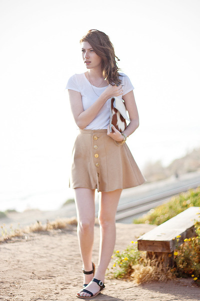 camel DIY skirt - black Stylenanda shoes - white H&M shirt - camel DIY purse
