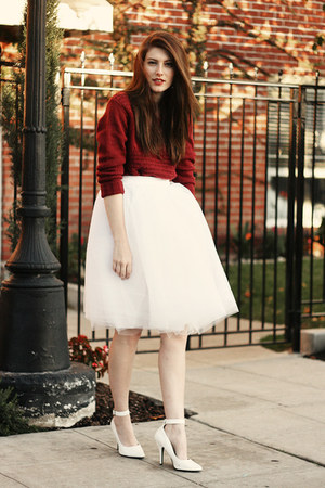 ivory DIY skirt - brick red Naomi and Lavender sweater - white Pleaser heels