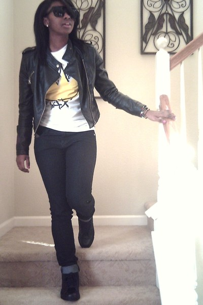 black Forever21 jacket - white Urban Outfitters shirt - black Forever21 jeans -