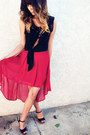 Red-forever21-skirt-black-shirt-black-wedges