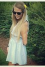 Chambray-zara-dress-round-wayfairer-ray-ban-sunglasses