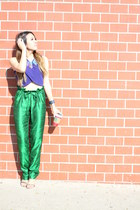 Oia Jules necklace - green Asha Mia pants - crop top Nasty Gal top