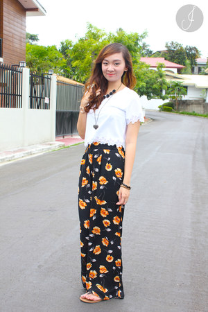 white Topshop top - black Forever 21 pants