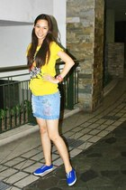 blue sneakers - yellow shirt - sky blue skirt