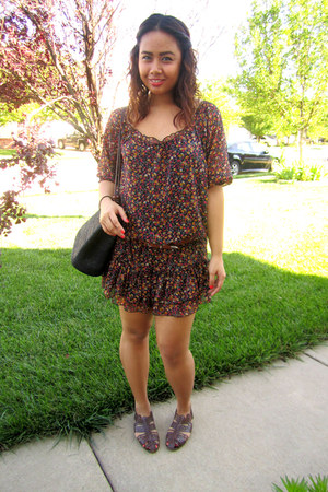 dark brown dress - black bag - brown sandals
