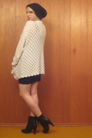 vintage sweater - H&amp;M dress - H&amp;M hat - payless shoes