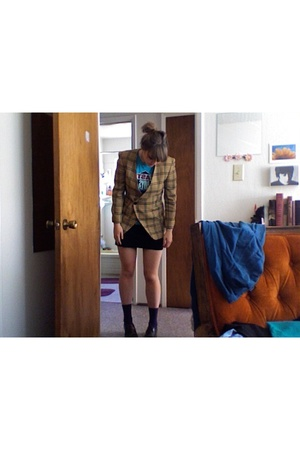 Goodwill blazer - Urban Outfitters t-shirt - American Apparel skirt - shoes