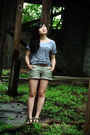 Gray-gap-shirt-green-gap-shorts-brown-h-m-belt
