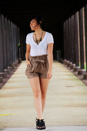 white Forever 21 t-shirt - brown H&M shorts - black Reaction Kenneth Cole shoes