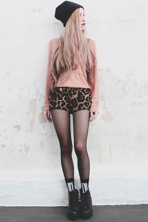 Materia sweater - chiffon leopard She Inside shorts - skeleton Complot socks