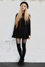 Black-crop-diy-sweater-black-pleated-made-by-me-skirt