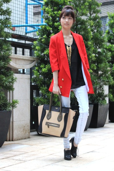 red blazer - white pants - black top