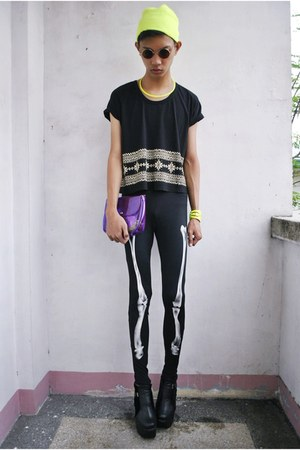 julie ann sio leggings - asianvogue shop boots - Rebel Gear accessories