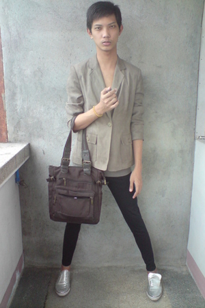 thrifted blazer - paporma top - leggings - WADE shoes - purse
