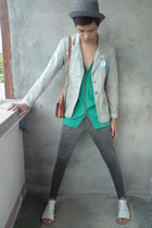 Billabong blazer - F&H vest - paporma hat - thrifted leggings - thrifted purse -