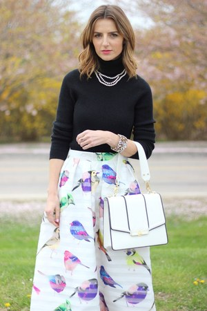 white midi Chicwish skirt - black turtleneck JCrew shirt
