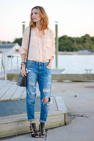 blue boyfriend Joes Jeans jeans - peach silk JCrew blouse - black JustFab heels