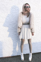 faux fur UNIF jacket - sparkly Urban Outfitters tights - zeroUV sunglasses