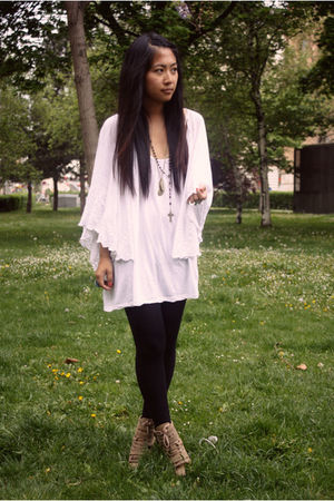 white H&M top - beige Topshop shoes - blue DIY accessories