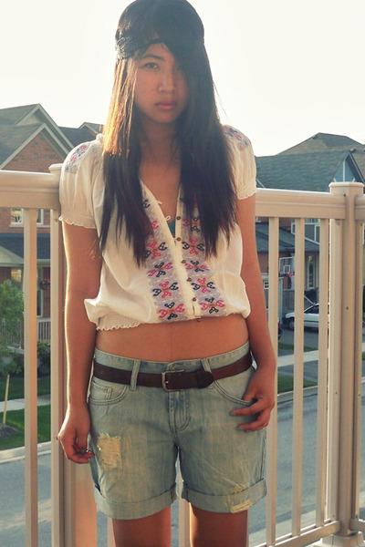 top - f21 shorts - UO accessories - UO bra