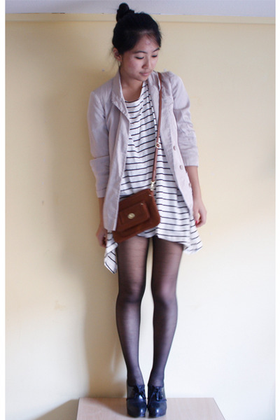 beige Topshop blazer - white H&amp;M top - brown H&amp;M purse
