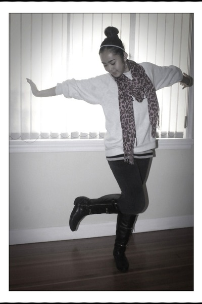 pink H&M scarf - black gojanecom boots