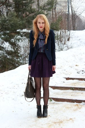 navy Zara blazer - black River Island boots - violet Van Graaf shirt