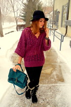 dark gray Ugg boots - magenta free people sweater - turquoise blue Luana bag